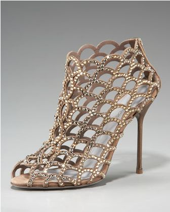 [عکس: Images_of_the_newest_high_heeled_shoes_05.jpg]